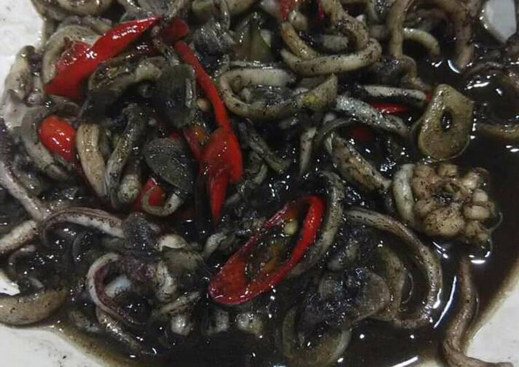 Tumis Cumi (Spicy Stir-fry Indonesian Squid)