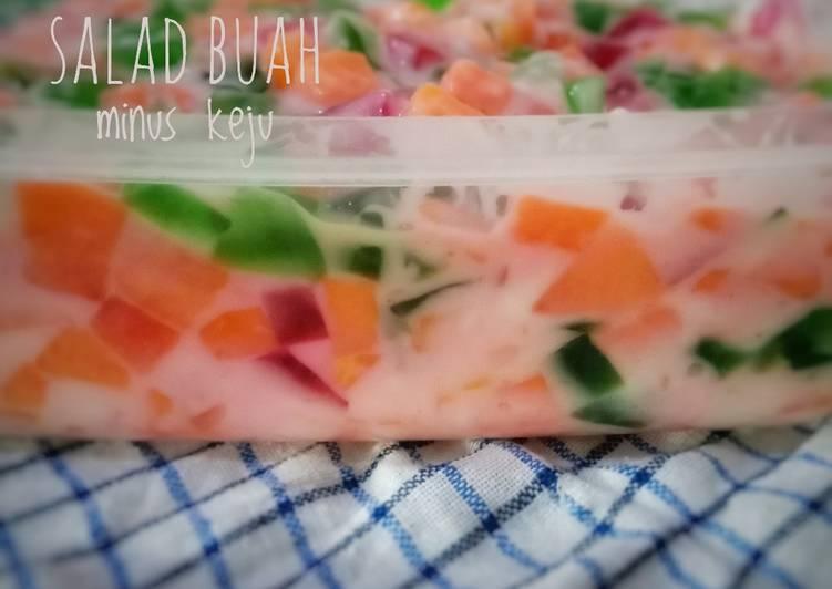 Salad buah minus keju