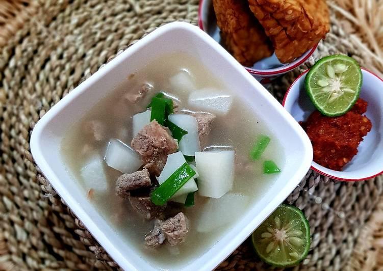 Soto Bandung (Soto daging Sapi dan Lobak)