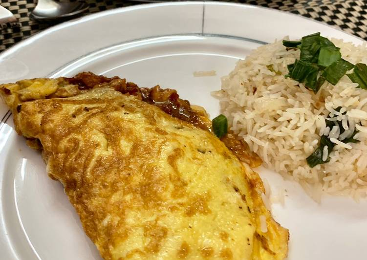 Kai Yad Sai (Stuffed Chicken Omelette)