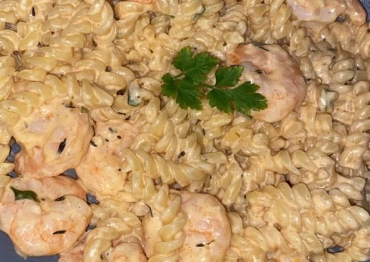 Easiest Way to Cook Delicious Pâtes aux crevettes sauce cajun