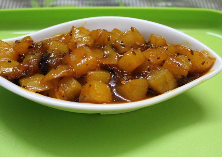 How to Prepare Favorite Sour,Sweet and Spicy Raw Mango Chutney