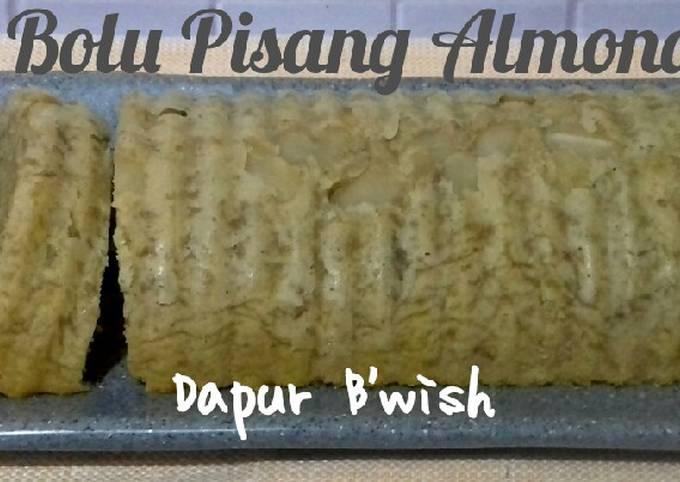 Bolu Pisang Almond