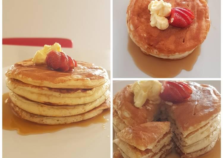 Fluffy Greek Yogurt Pancakes
