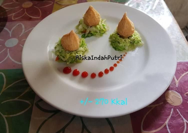 Fish Dumpling Chicken with Chicory Saute