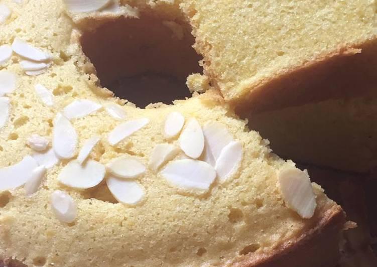 Bolu panggang labu serut keju almond