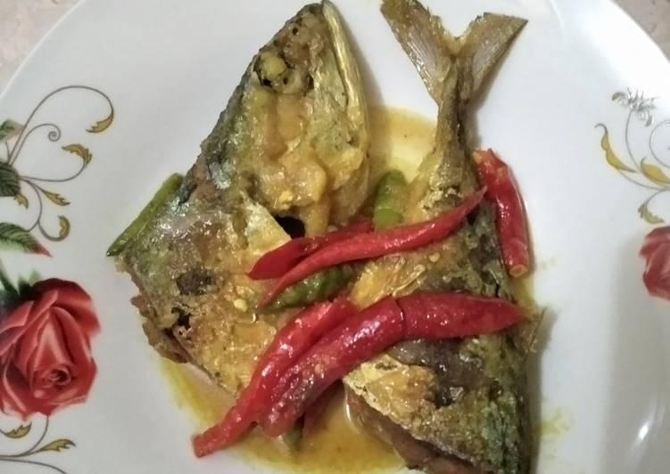 Ikan acar kuning - cookandrecipe.com