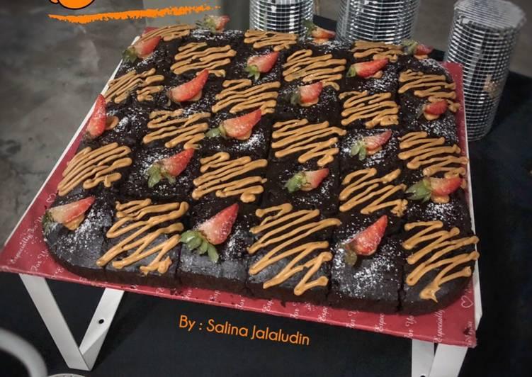Brownies Mudah Sukatan Cawan