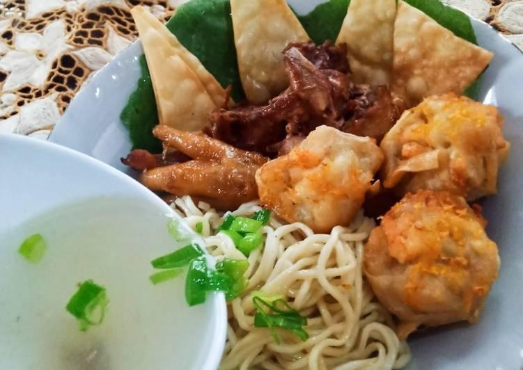 Resep Mie Ayam Dimsum Goreng, Enak Banget