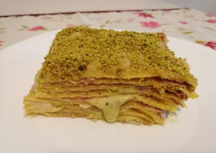 Recipe: Appetizing Lasagna with pistachio and mortadella with provolone