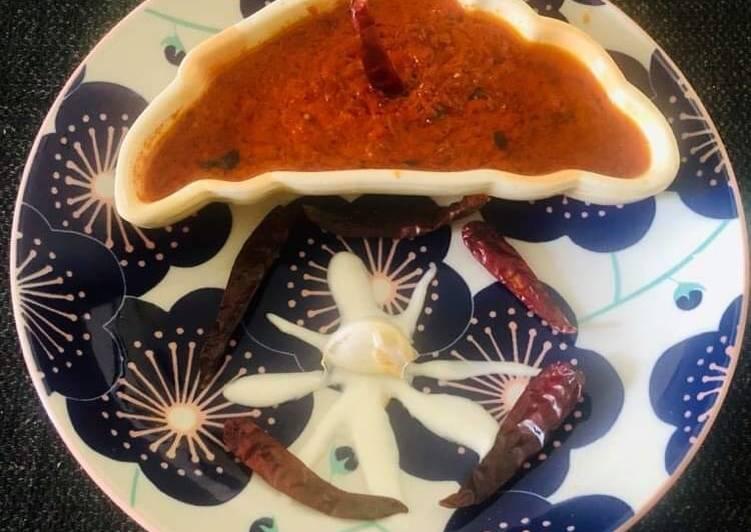 Spicy Yoghurt Garlic Chutney