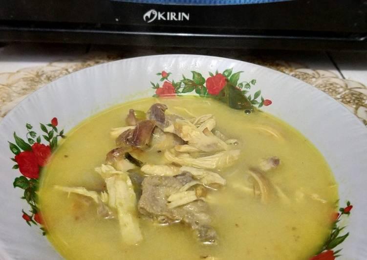 Soto Ayam Santan Kuning