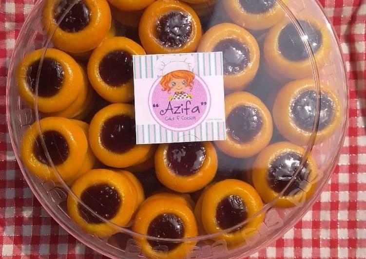 Resep Blueberry Thumbprint Cookies oleh azifa cookies - Cookpad