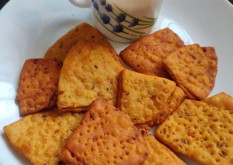 Recipe of Quick Farsi puri