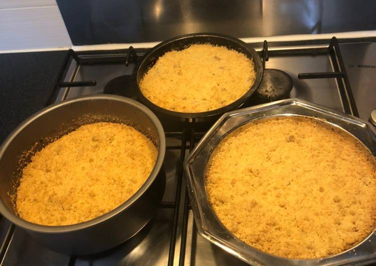 Recipe: Tasty Homemade Apple Crumble🍏🍎