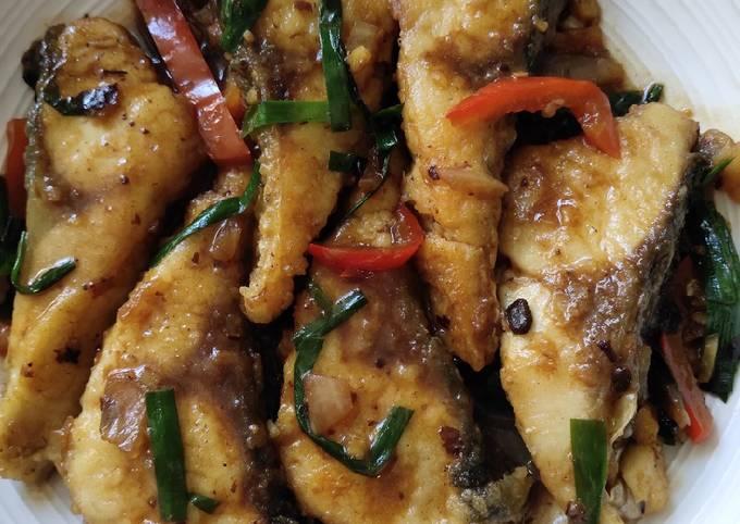 Fish in Garlic Blackbean Sauce