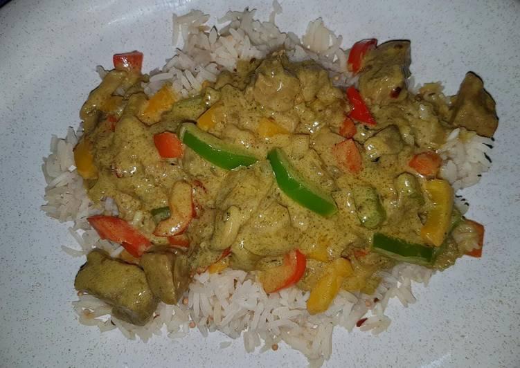 LeViés Creamy Goulash and Spicy Rice
