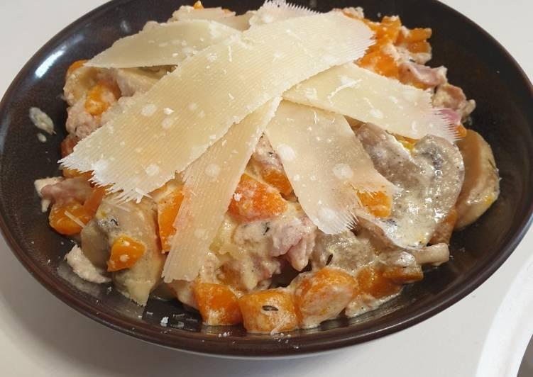 Tagliatelles bacon/carotte/ champignons