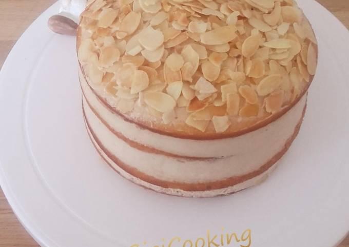 Naked cake à la crème pralinée