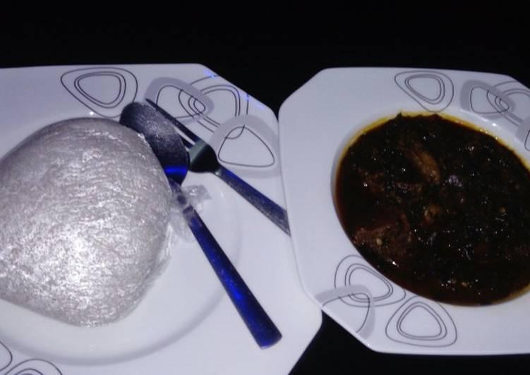 Tuwon shinkafa and Spinach soup