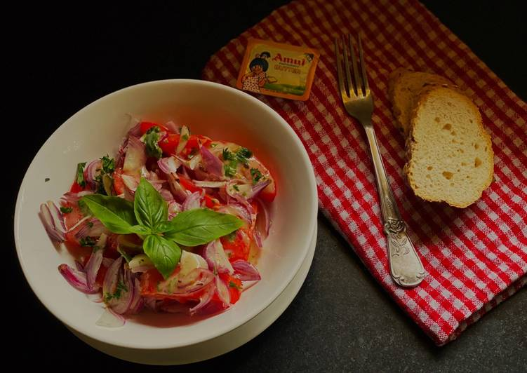 Recipe of Ultimate Tomato Salad with Anchovy vinaigrette