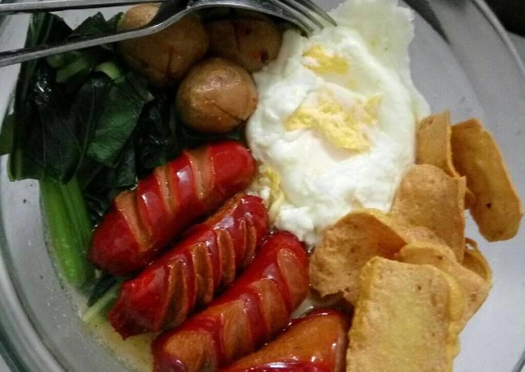 Resep Mie kuah indomie ayam bawang komplit Favorit