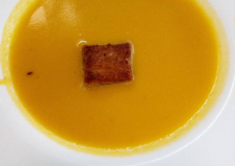 How to Make Favorite Carrot soup and croûton