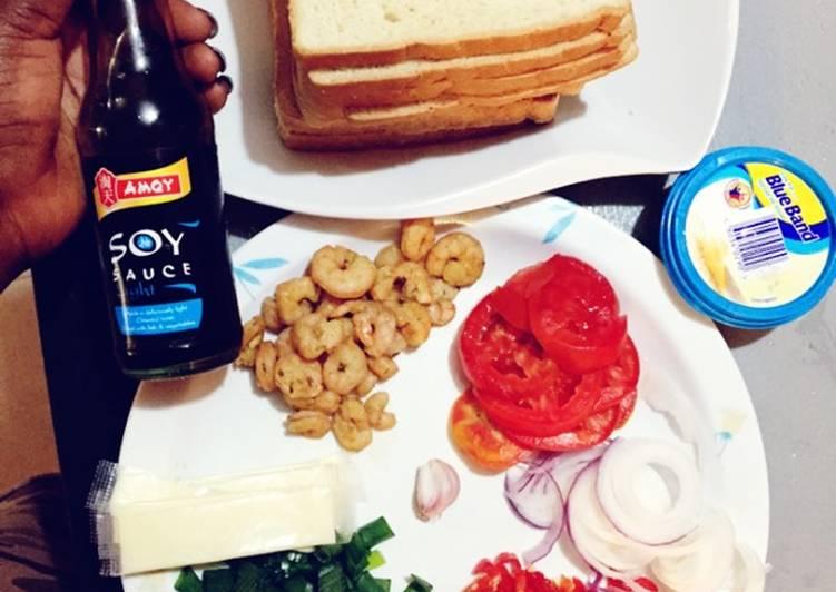 Easy Shrimp and Veggies Toast