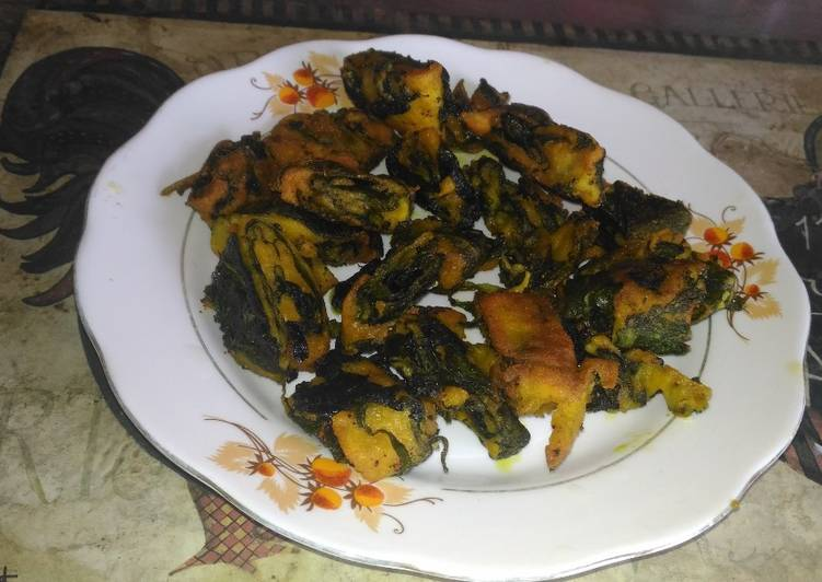 How to Prepare Ultimate Taro leaves fritters