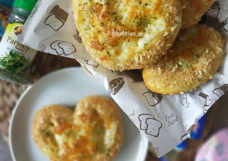 Love Shape Mozarella Bread
