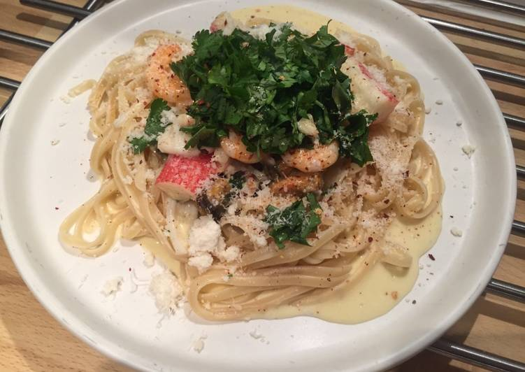 Easiest Way to Prepare Super Quick Homemade Seafood linguine