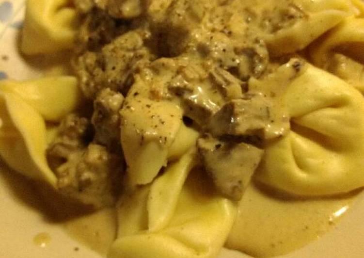 Easiest Way to Prepare Award-winning Tortellini in Mushroom Cream Sauce