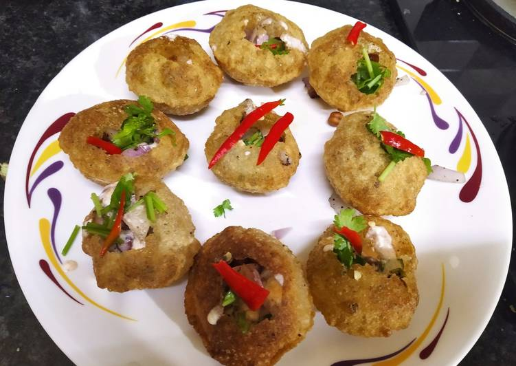 Golgappa with sprouted black gram, Exactly Why Are Apples So Beneficial For Your Health