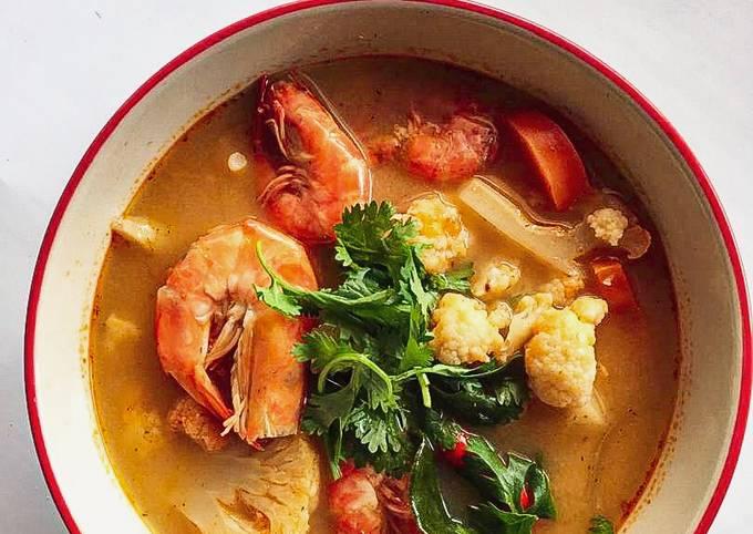 Tom Yam Seafood Padudu 🦐🥕