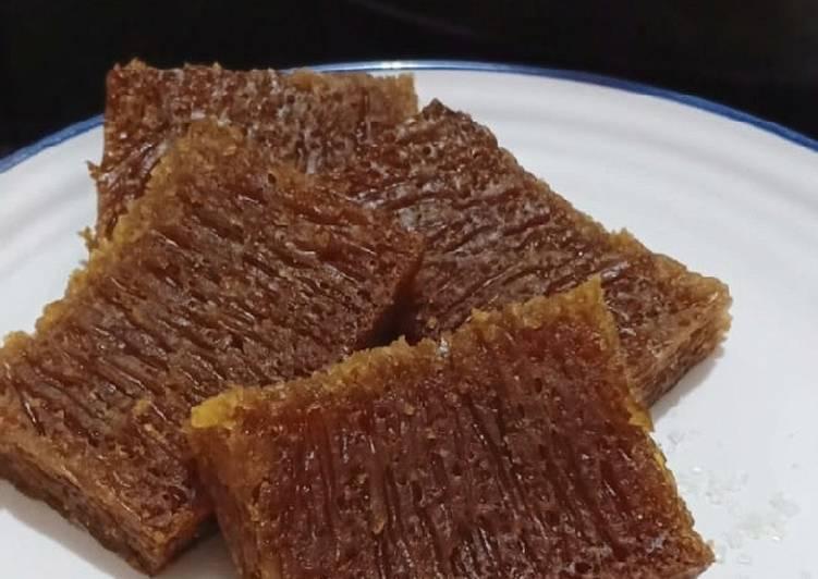 cara memasak Bolu Karamel / Bolu Sarang Semut - Sajian Dapur Bunda