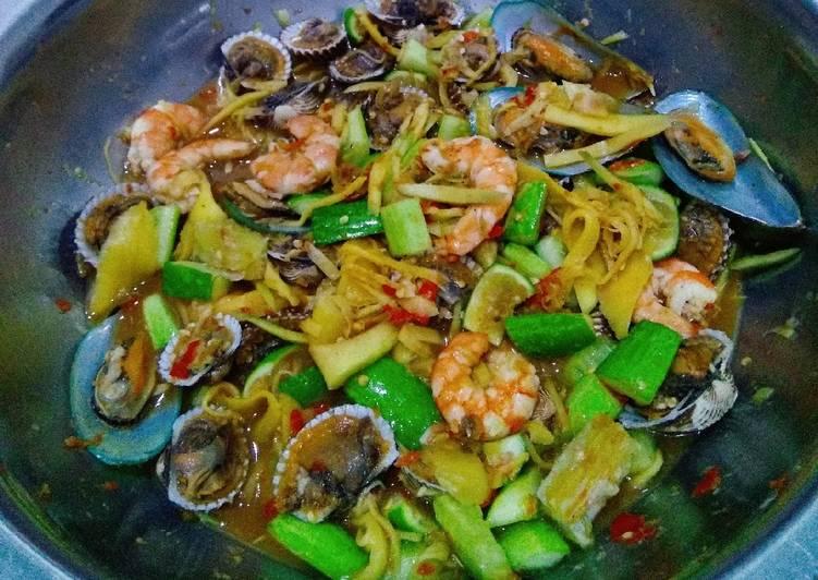 Resep Rujak Ala Ala Thailand Seafood Oleh Maria Crishtabella Cookpad