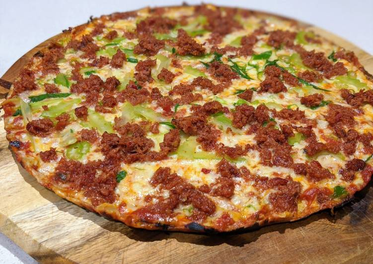 Keto corned beef pizza
