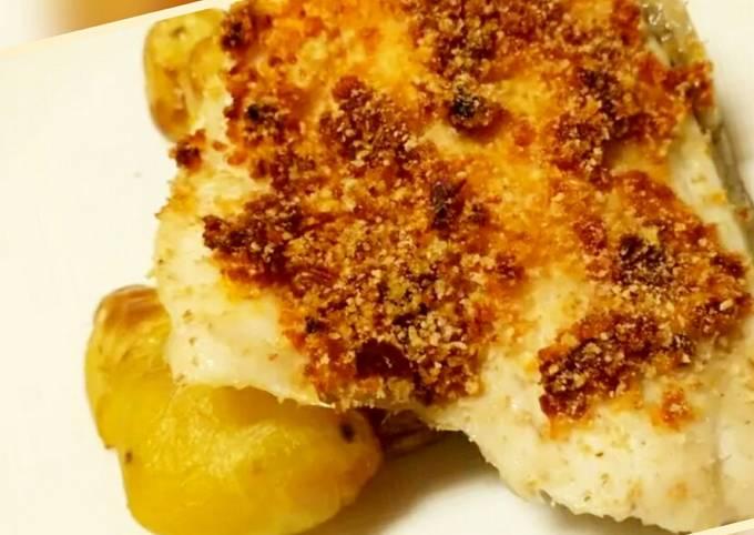 Sea bass with a sun-dried tomato crust and sautéed potatoes