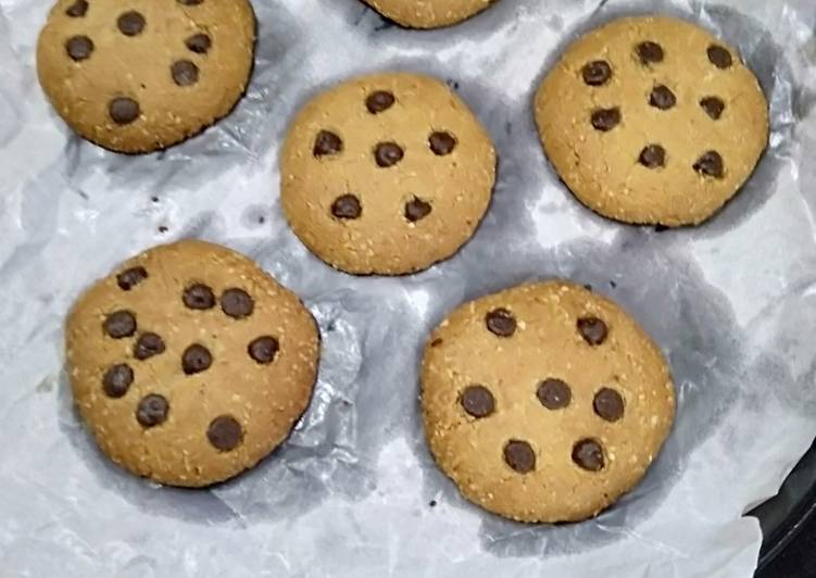 Consume These 14 Superfoods to Go Green for Great Health, Oats chocolate chips cookies