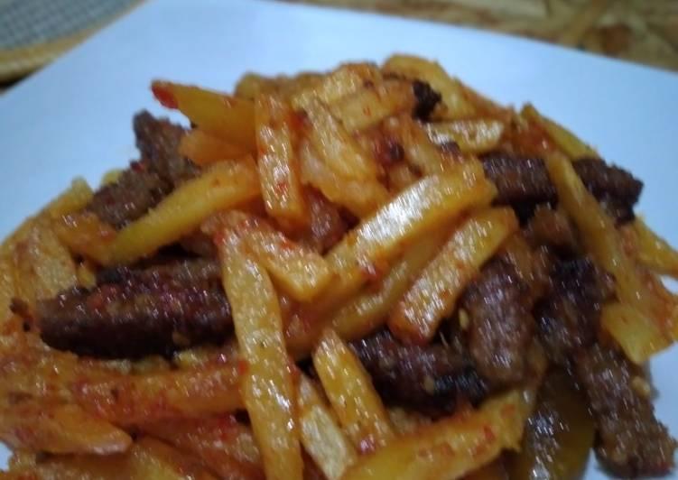 Beef patty kentang balado
