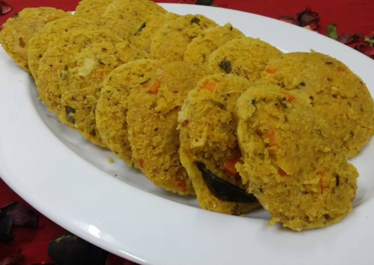 Maize Flour Idlis - Laurie G Edwards