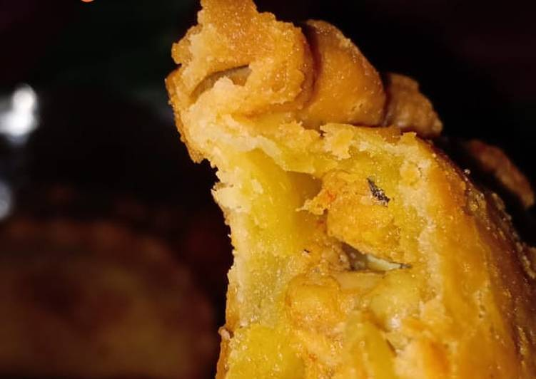Curry puff (jalkot Malaysia)