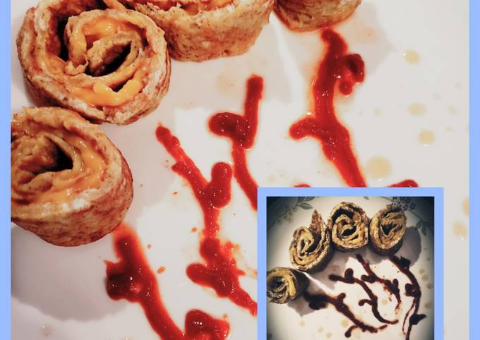 Omelet cheesey pinwheels
