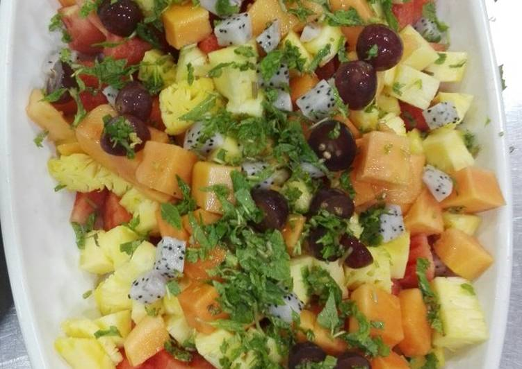 Mix fruits chaat