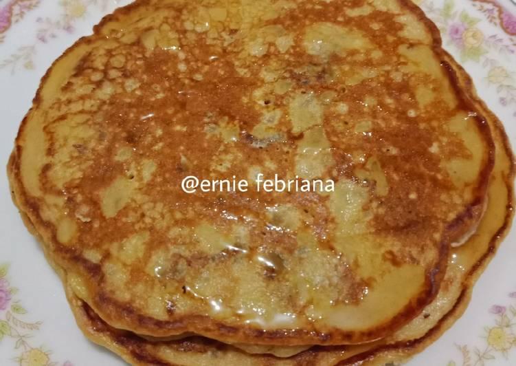 Pancake Oatmeal Kurma