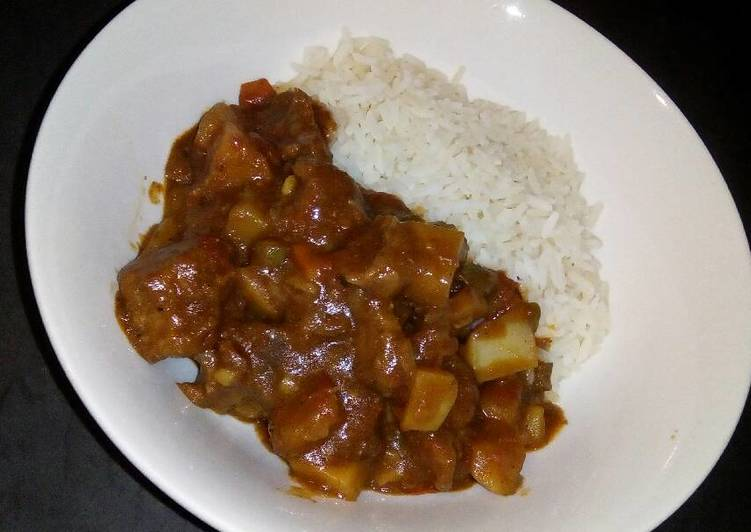 Step-by-Step Guide to Prepare Homemade Rice and vegetable beef stew