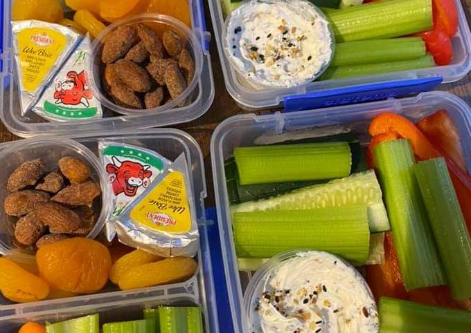 Healthy Snack Boxes (Meal Prep Idea)
