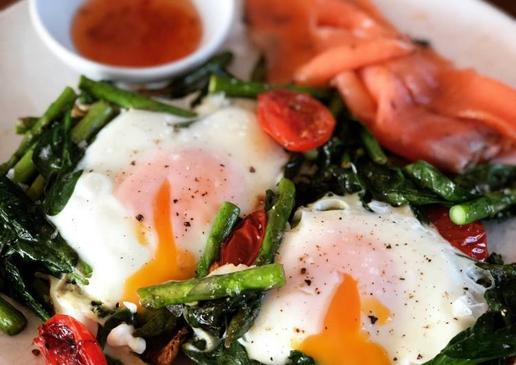 Recipe of Speedy Baked Eggs on Toast with Smoked Salmon & Asparagus