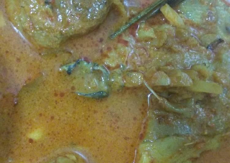 Ikan marlin masak tumis aceh