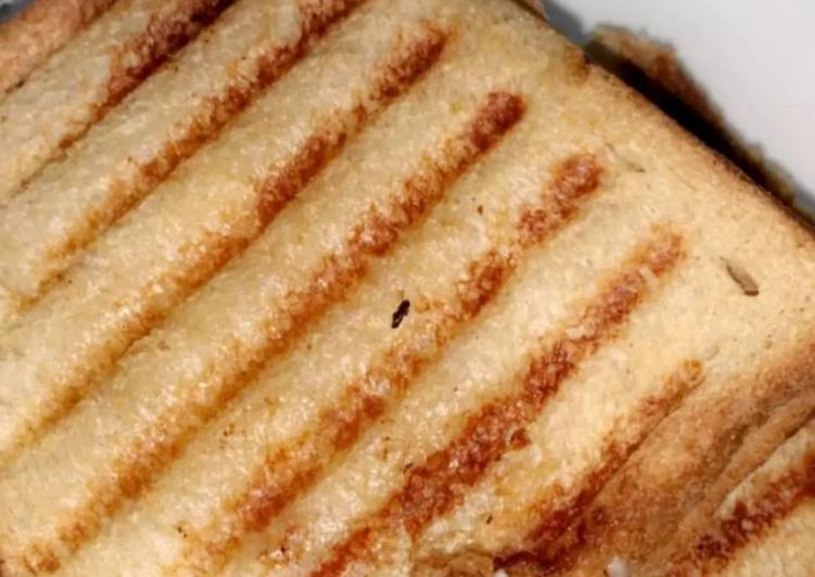 Turn to Food to Improve Your Mood Cheese grilled sandwich